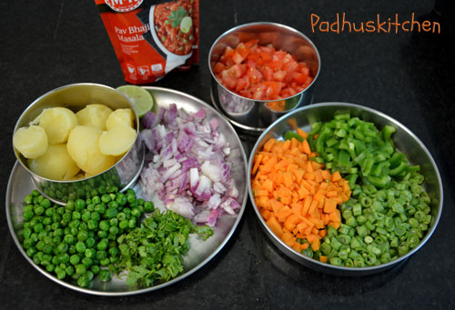 preparations for pav bhaji