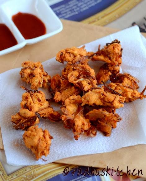 Onion Pakoda Onion Pakora Recipe Cripsy Onion Pakodas Fritters Padhuskitchen