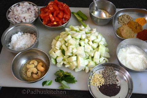 Ingredients for Ridge Gourd Gravy