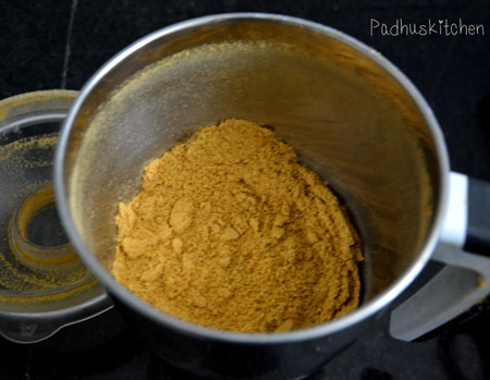 Poondu Milagai podi for rice-idli-dosa