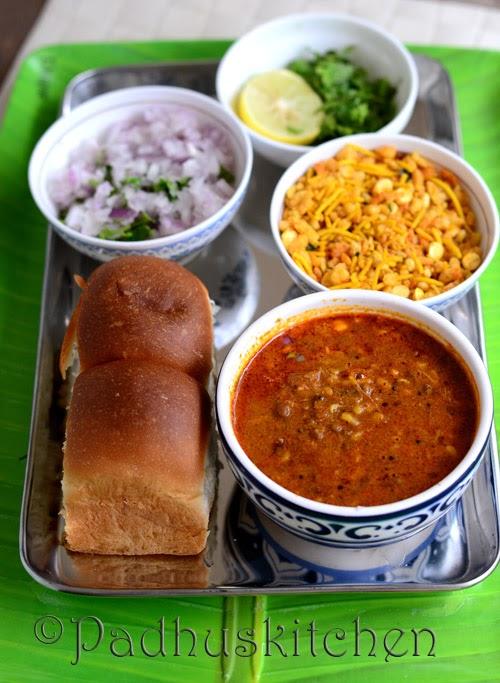 Kolhapuri Misal pav